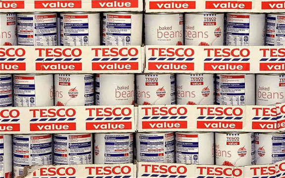 tesco branding strategy Why brand should be central to the new tesco strategy you can't be all things to all men, so the saying goes and the evidence is now apparent to troubled supermarket giant tesco having posted the sixth biggest corporate loss in history last month, the supermarket that has for too long tried too hard to appeal to anyone.
